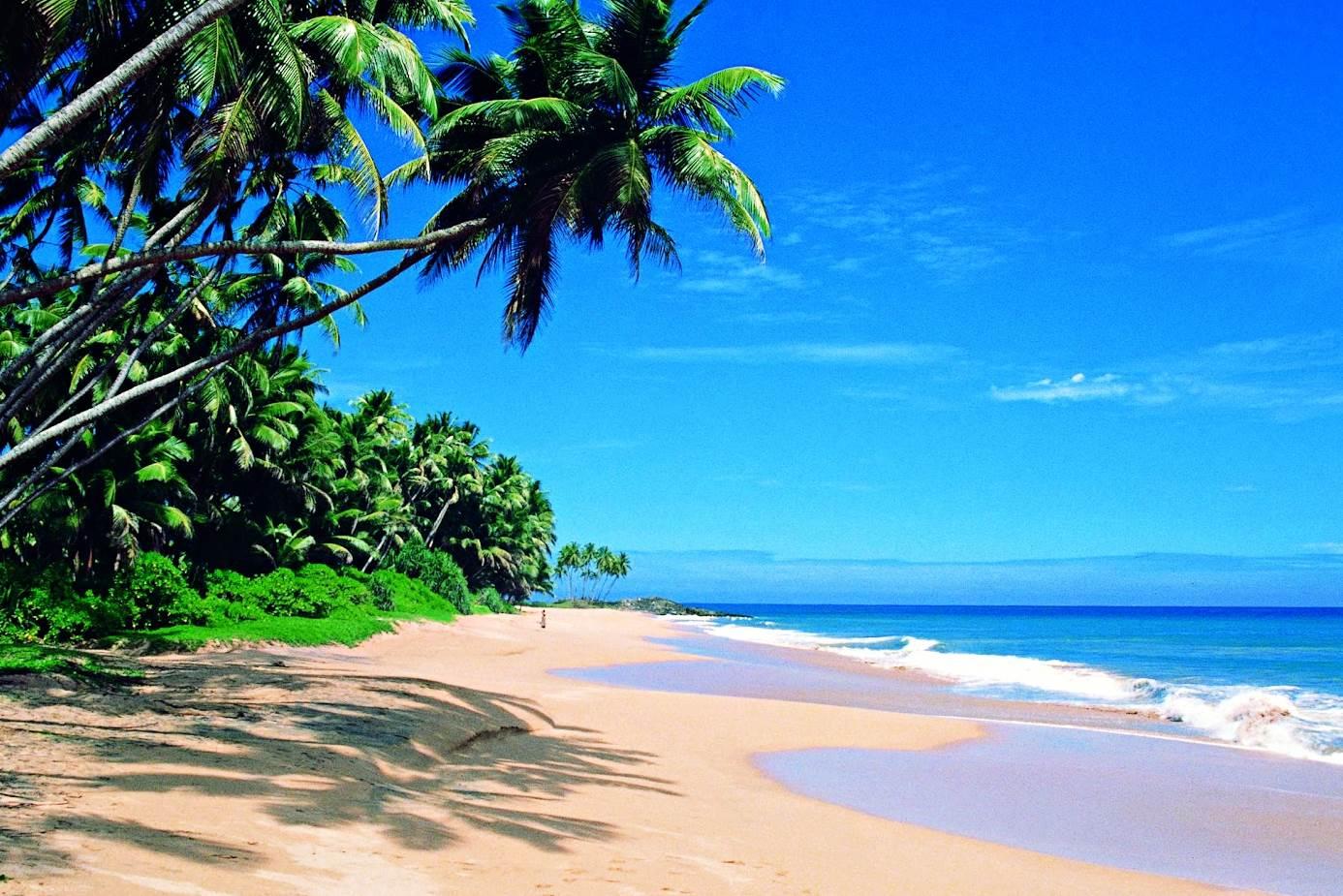 Unawatuna-Sri-Lanka